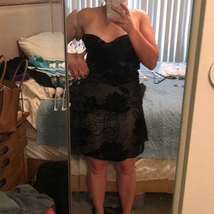 Black rose detail sleeveless dress